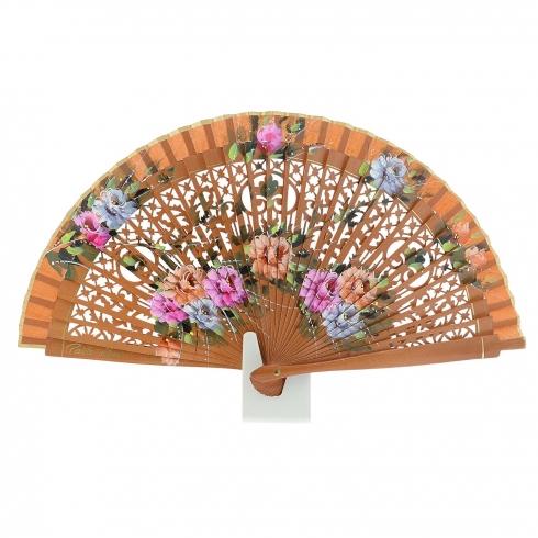 http://cache2.paulaalonso.pt/11315-110366-thickbox/ventilador-de-couro-com-design-de-flores-em-madeira-a-ceu-aberto.jpg