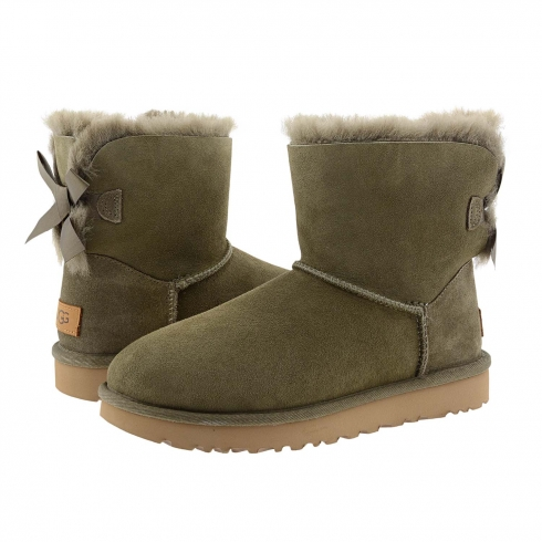 http://cache2.paulaalonso.pt/8467-104215-thickbox/botas-de-couro-1016501-mini-bailey-bow-ii-ugg.jpg