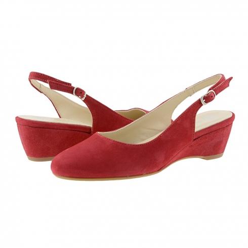 http://cache2.paulaalonso.pt/9087-91548-thickbox/sapatos-de-cunha-dividir-undercuts-couro.jpg